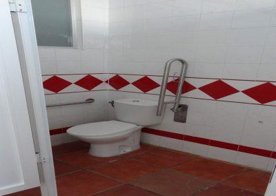 Baño para persona con discapacidad