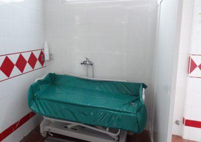 Camilla bañera para personas con discapacidad