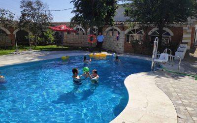 Inaugurada la temporada de piscina en el Complejo Residencial 'El Cristo Roto' de Obras Cristianas