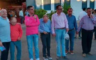 Visita de miembros de la Residencia de Gravemente Afectados 'El Cristo Roto' a la Feria de San Lucas de Gibraleón