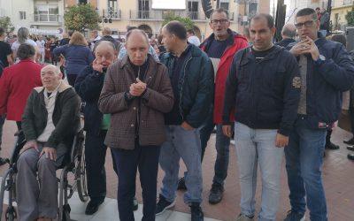 Los residentes de RGA 'El Cristo Roto' disfrutaron de las 'Precampanadas' en Gibraleón