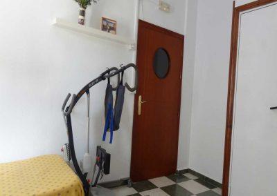 Grúa de traslado para personas con discapacidad